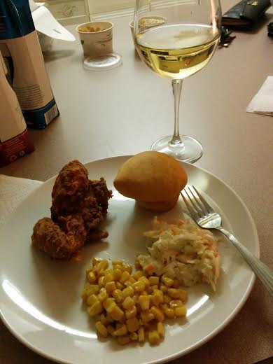 Fried chicken always pairs nice with wine from a tetra pak
